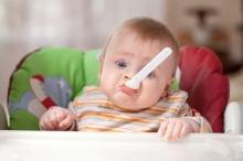 5 อาหารแนะนำสำหรับเด็กวัยเริ่มต้นทานอาหารเสริม