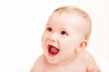 เพลงปราบทารกขี้แย เมื่อเบ๋บี๋ฟังเพลงนี้แล้วจะหยุดร้อง!