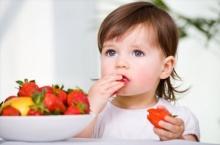 เทคนิคดีๆ ให้ลูกกินอาหารเองโดยไม่ติดคอ