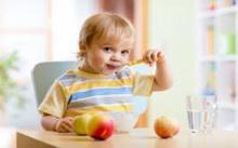 สารอาหารครบแน่นอน! 7 ชุดอาหารเช้าทำง่ายๆให้ลูกน้อยวัยซน