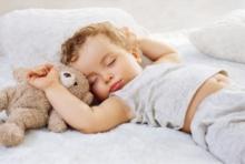ปลุกลูกให้ตื่นนอนผิดวิธี…มีผลต่ออารมณ์