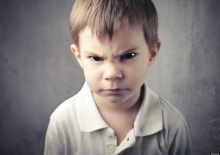 ปักหมุด! วิธีสอนลูกวัย 2-3 ปี จัดการกับอารมณ์อย่างเหมาะสม
