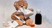 ยาลดไข้สำหรับเด็ก พ่อแม่ควรทำความเข้าใจและใช้อย่างถูกวิธี